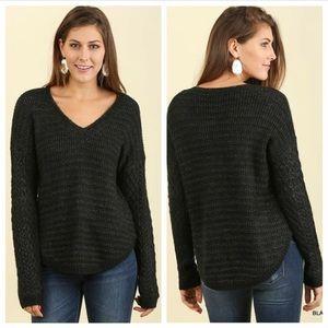 NWT L Umgee sweater black/gray